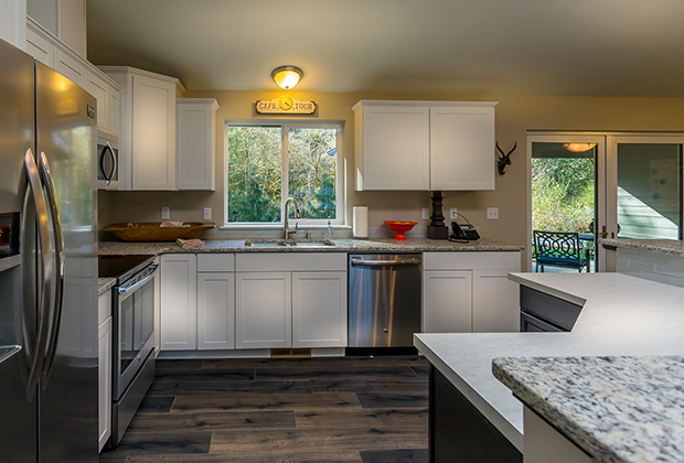 Washington custom home builder hiline homes headquarters for Hiline homes floor plans
