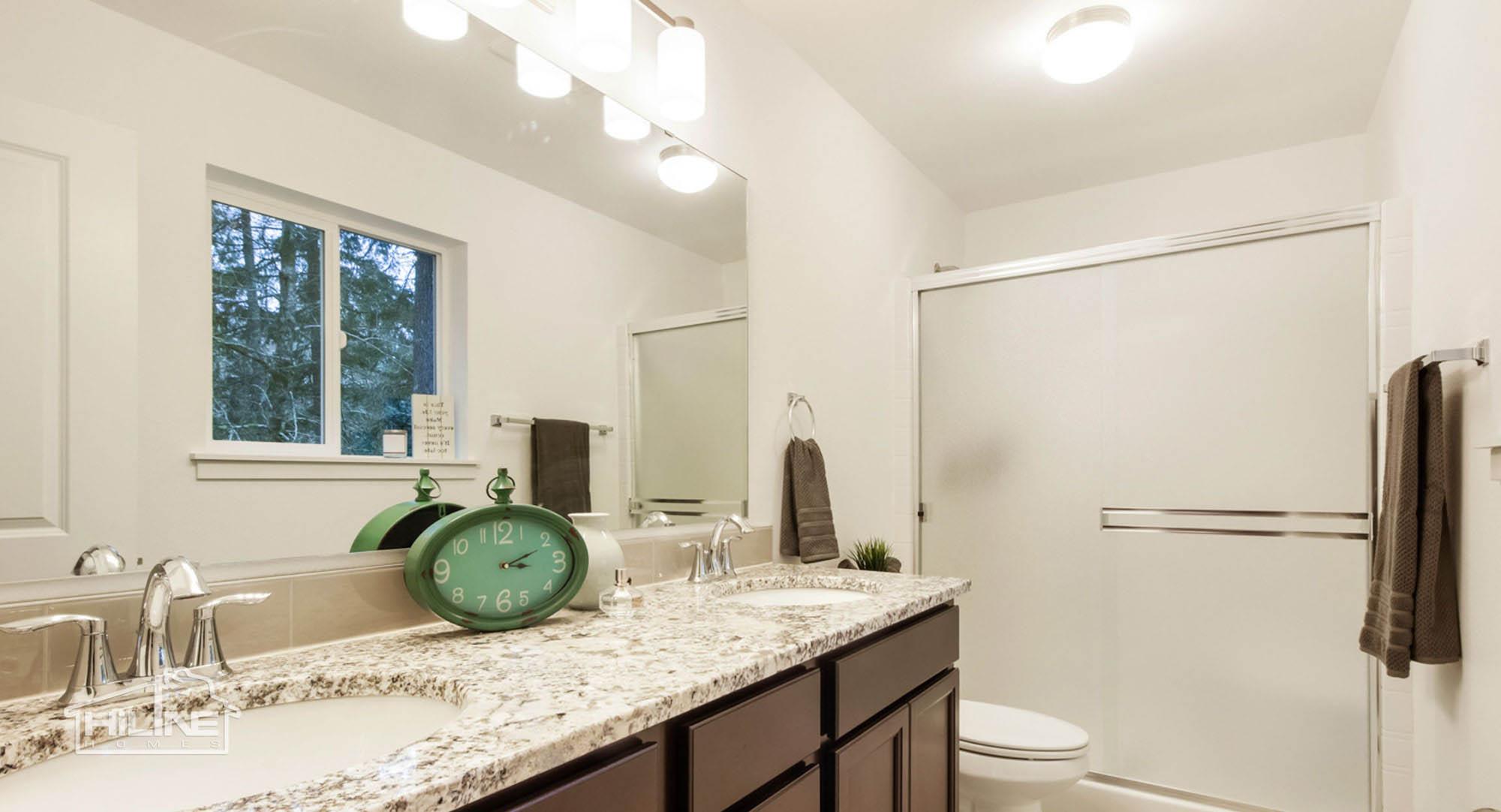 HiLine Home Plan 1491 Master Bath