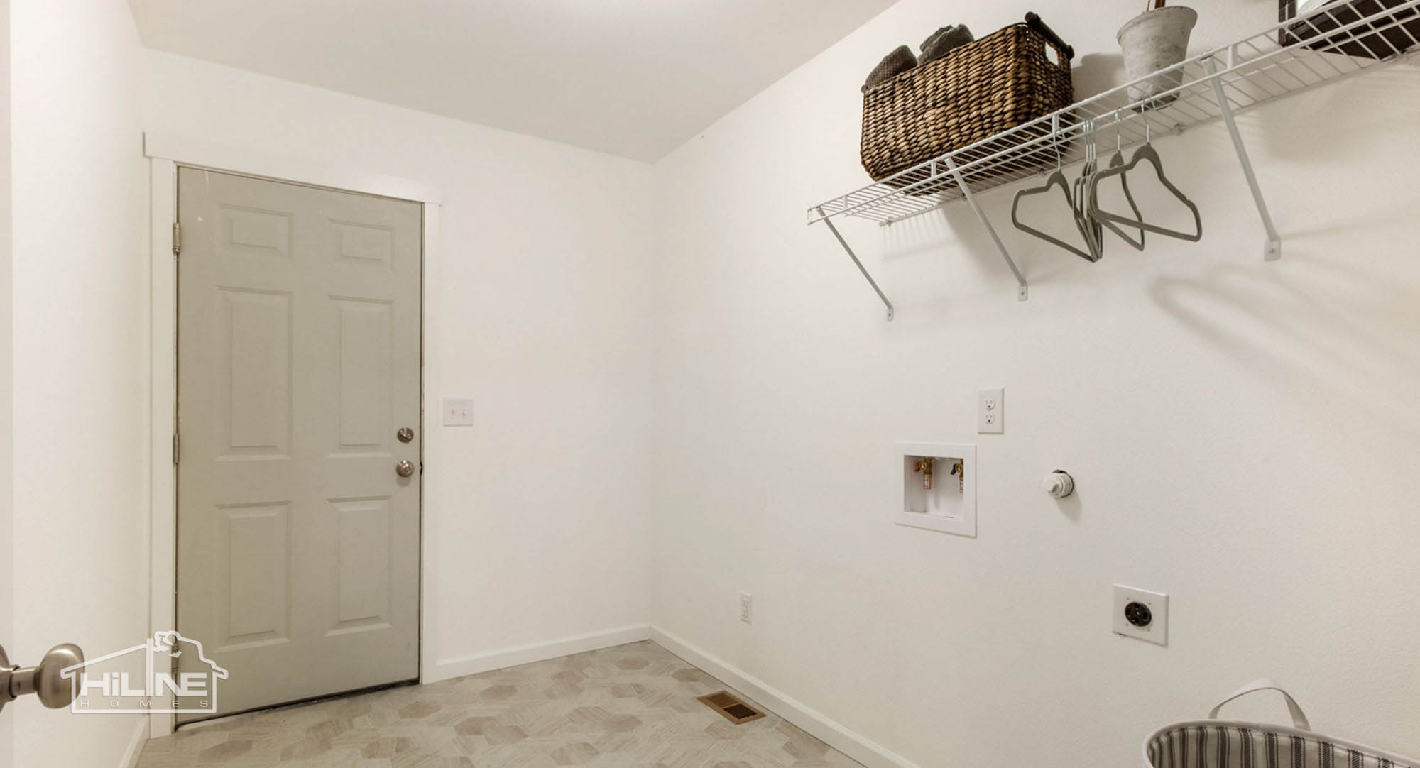 HiLine Home Plan 1491 Laundry Room