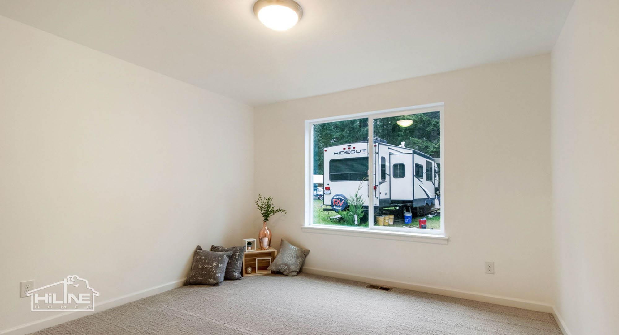 HiLine Home Plan 1491 Bedroom 1