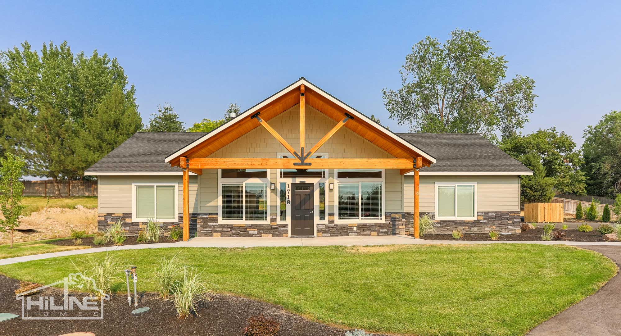 Image of HiLine Homes of Meridian Front Exterior
